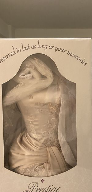 Wedding dress with veil by Demetrios for Sale in New York, NY