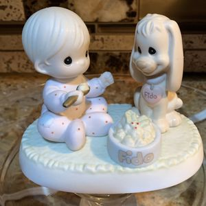 1997 PRECIOUS MOMENTS -SHARING OUR CHRISTMAS TOGETHER for Sale in Pompano Beach, FL