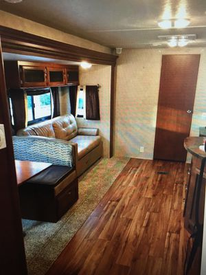 2015 Forrest River Wildwood 36Bhs Model 2 bedrooms spacious for Sale in Miami, FL