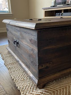 Coffee Table W/Storage All Wood for Sale in Roanoke,  TX