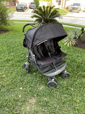 Twin stroller for Sale in Humble, TX