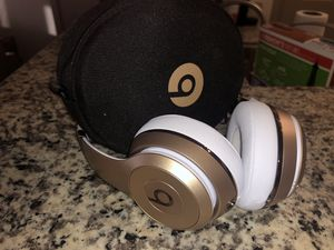 Apple Beats Solo³ Wireless Bluetooth On-Ear Headphones with Mic - Rose Gold for Sale in Houston, TX