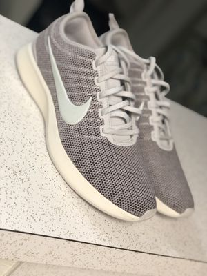 Nike size /11 pero kedan como 10 ‼️NUEVO for Sale in Houston, TX