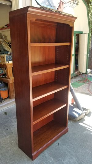 Bookshelves nice condition for Sale in Foresthill, CA