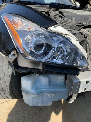 2008-2011 Infiniti G37 Coupe Passenger Headlight for Sale in Washington, DC