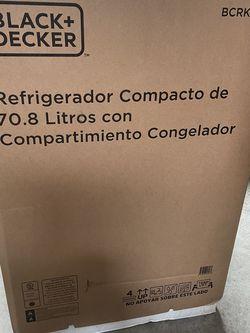 Black + Decker Compact Refrigerator for Sale in San Marcos,  CA