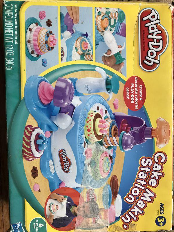 Free Playdoh cake making toys
