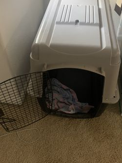 "Doskocil Pet Taxi Dog Kennel (40"")L for Sale in Tracy,  CA"