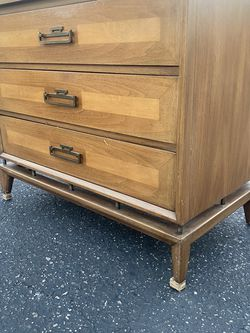 MID CENTURY SOLID WOOD PETITE DRESSER for Sale in Santa Ana,  CA