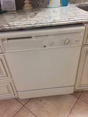 Dish washer, Stove, Refrigerator for Sale in Kissimmee, FL