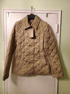 Brand New Burberry XS Women's Jacket With Dust Bag .. Pick Up Only !! for Sale in Brooklyn, NY