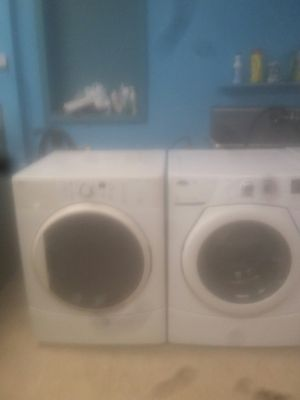 washermachine whirlpool and draier Kenmore front loader set for Sale in Chicago, IL
