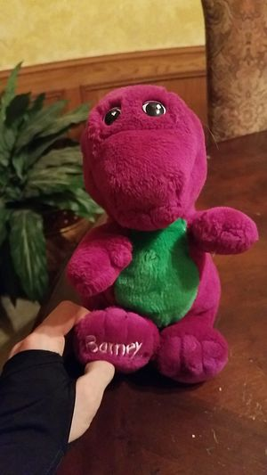 """Old school authentic collectible 90s """"Barney"""" stuffed animal toy for Sale in Plano, TX"""