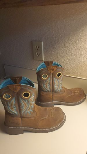 ARIAT steel toe work boots. Womens size 8 for Sale in Everett, WA