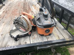 Vacuum and miter saw for Sale in Modesto, CA