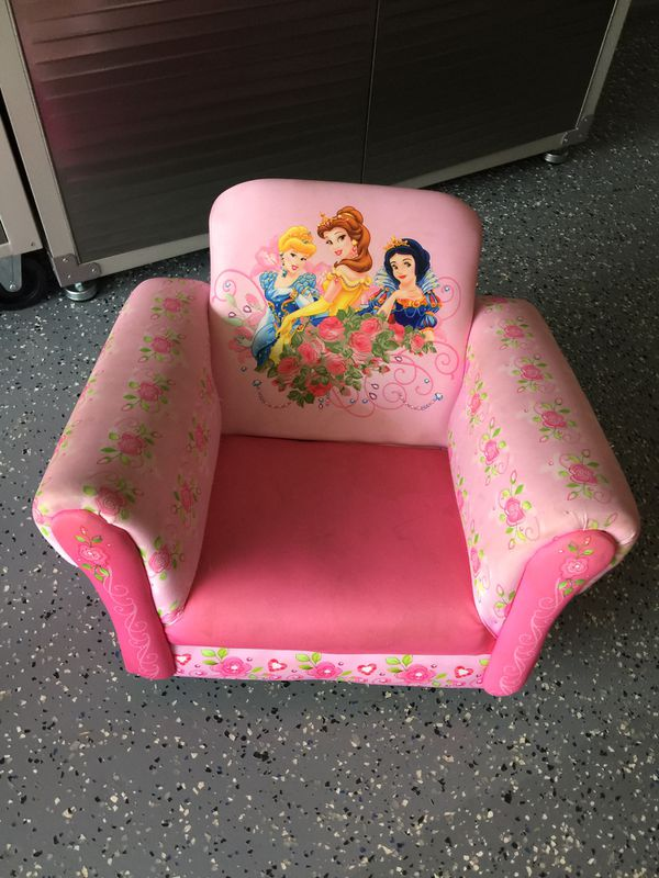 Rocking princess couch