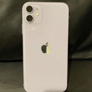 iPhone 11 Purple Factory Unlocked 64gb (MINT) for Sale in Irvine, CA