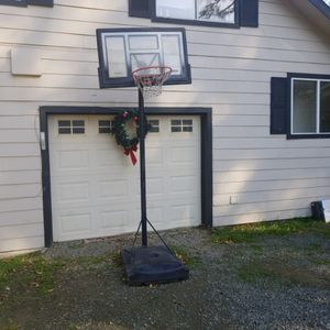 hoop basketball for Sale in Castro Valley, CA