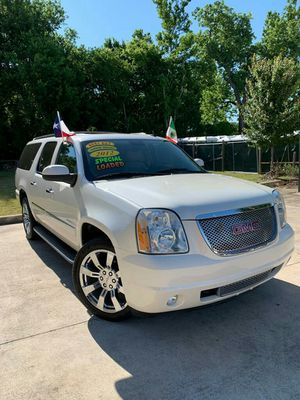 2012 GMC YUKON XL//NOT PARTING OUT//DOWN $2390 for Sale in Houston, TX