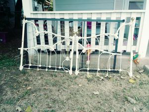 Antique day bed for Sale in Abilene, TX