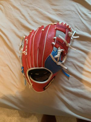 Ssk baseball glove for Sale in Arlington, VA