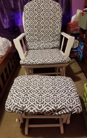 White wooden gray & white padded rocking chair. for Sale in Sterling, VA