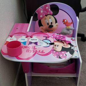 Minnie mouse desk for kids for Sale in Glendale, AZ
