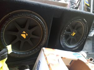 Kicker (2) 12s and the exact kicker box for subs box sold separately or at $130 for subs and box for Sale in Wichita, KS