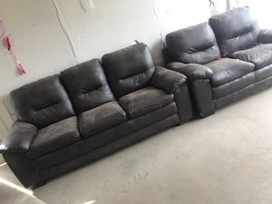 Couch sofa for Sale in Cutler, CA