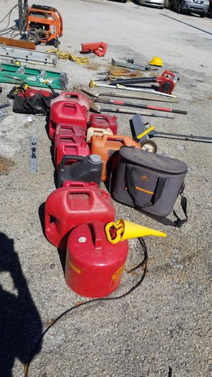 Assorted tools and gas tanks bikes.come make offer for Sale in Tampa, FL
