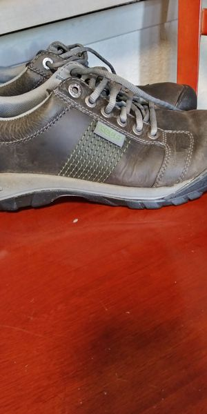 KEEN men's shoes. Size 8.5 for Sale in Tacoma, WA