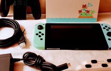 NINTENDO SWITCH SPECIAL EDITION ANIMAL CROSSING COMPLETE SYSTEM ONLY USED 1X for Sale in Escondido,  CA