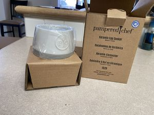 New Pampered Chef Ceramic Egg Cooker for Sale in Colorado Springs, CO
