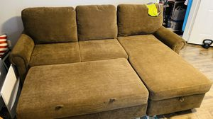 L Shape couch with pull out bed from Costco for Sale in Tualatin, OR