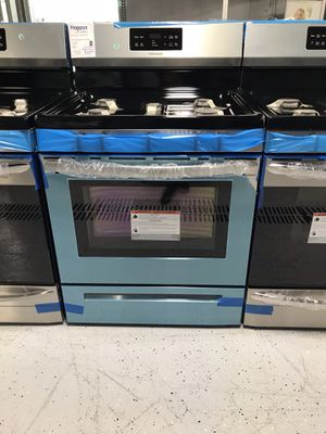 Oven new for Sale in St. Louis, MO