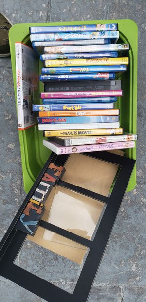 DVD, VHS . blueray and frame 3 4x6 for Sale in Pembroke Pines, FL