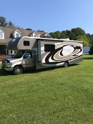 2015 Tioga Ranger 31 Foot Class C Motorhome for Sale in Los Angeles, CA