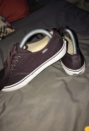 Burgundy/ Violet Vans for Sale in Chicago, IL