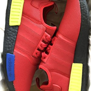 ADIDAS NMD_R1 MUTI-COLOR SIZE 10.5 $99 for Sale in Santa Ana, CA