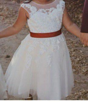 Girls dress (flower girl) for Sale in Fresno, CA