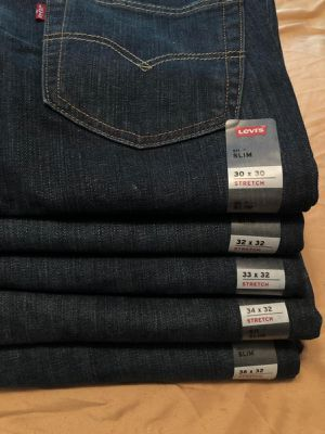 Levis man Slim Stretch Jeans from 30x30-36x32 ! Read description up for trade for Sale in Chicago, IL