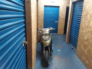 L@@K A VERY FAST LOW MILEAGE 2015 MOPED ONLY $295 CASH ONLY for Sale in Nellis Air Force Base, NV