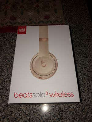 Beats by Dre Wireless Headphones for Sale in Gig Harbor, WA