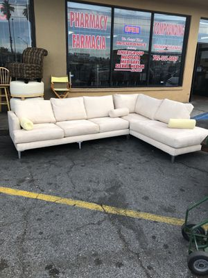 Beautiful sectional for Sale in Las Vegas, NV