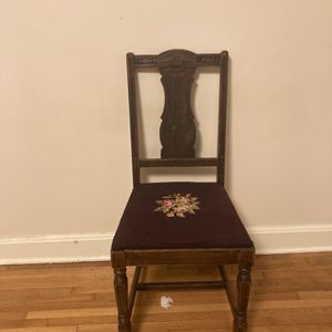 Antique Needlepoint Chair for Sale in Nashville, TN