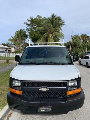2008 CHEVY EXPRESS 2500 CARGO VAN EXCELLENT for Sale in Boca Raton, FL