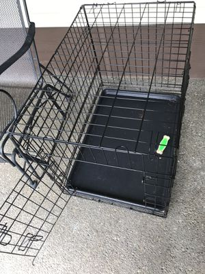 Wire collapsible dog kennel with plastic tray. Probably medium / large size, see photos for dimensions for Sale in Graham, WA