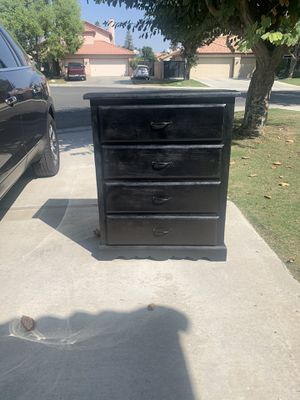 "Solid wood Dresser clean good condition 32""x 41""/ $100 for Sale in Bakersfield, CA"