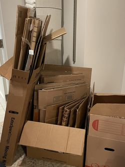 Moving Boxes - Wardrobe, Medium and Small Boxes for Sale in North Bergen,  NJ