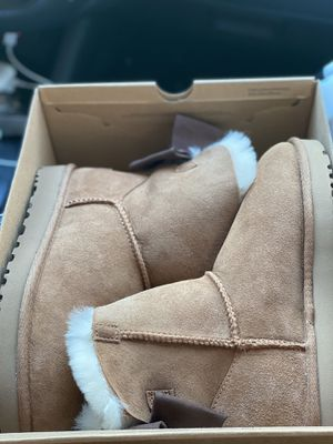 Mini Bailey Bow Uggs for Sale in Racine, WI